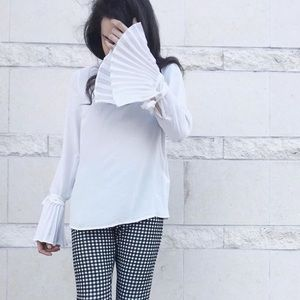 White ruffle/pleated tie sleeve high neck top
